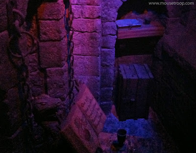 Witch dungeon lab Snow White Disneyland