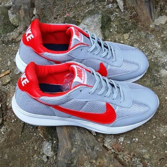 Sepatu Nike SB Running Man 2015