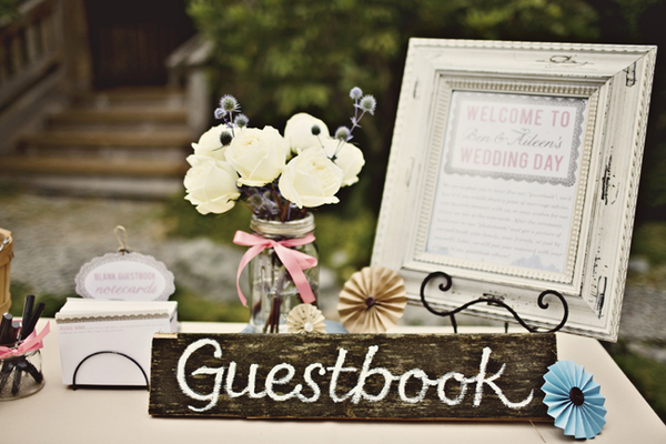 Rustic country wedding ideas creative guest sign in ideas for Wedding table sign ideas