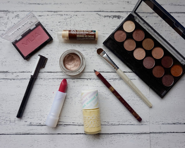bargain beauty buys under £5, budget beauty, mua, the body shop, elf cosmetics, models own, rimmel, maybelline, natural collection, barry m, hannah rose, hanrosewilliams, cheap makeup, beauty, blogger,