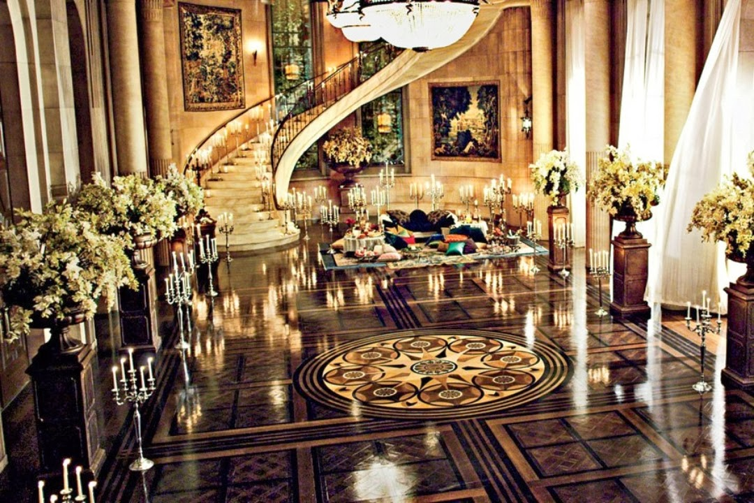 The Great Gatsby set design, art deco interiors