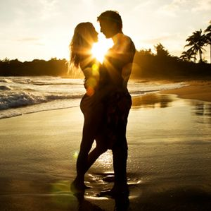 Love__Beach__Sunset__by_danicafaye-721652.jpg