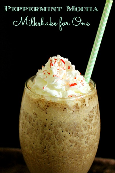 Peppermint Mocha Milkshake for One - no sharing required for this minty coffee milkshake! | www.fantasticalsharing.com