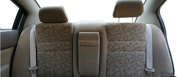 صور سيارة اسبرانزا A516 ال اس 2011 - اجمل خلفيات صور عربية اسبرانزا A516 ال اس 2011 - Speranza A516 LS Photos Speranza-A516_LS_2011_650x300_wallpaper_19.jpg