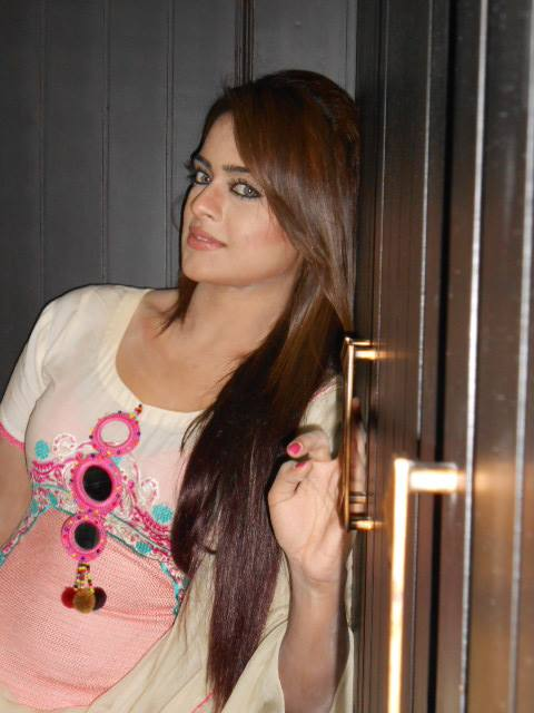 Sobia Khan Latest 2013 Hot Pictures