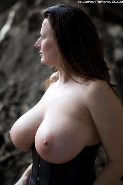 British Arabella naked pics
