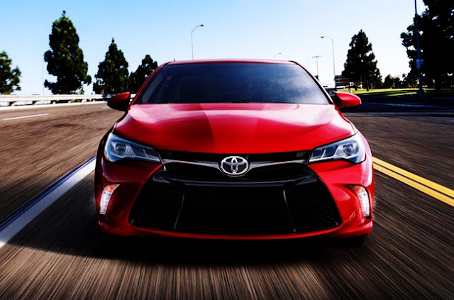 2015 Toyota Camry XSE 4 Cylinder (a SFX) Review Edmunds