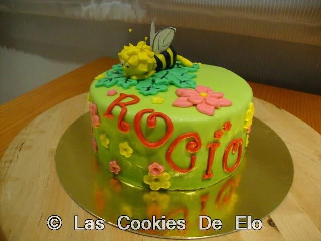 http://lascookiesdeelo.blogspot.com.es/2013/08/tarta-abeja-maya.html