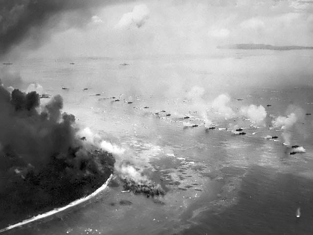 Lvts moved toward peleliu invasion beaches palau islands 15 sep 1944
