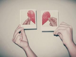 deux photo avec un demi coeur sur chacune