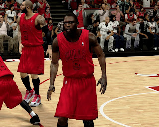 Download NBA 2K13 Chicago Bulls Christmas Jersey Patch