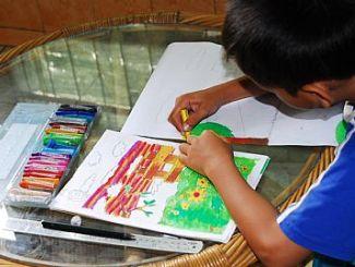 anak+menggambar.jpg (325×245)