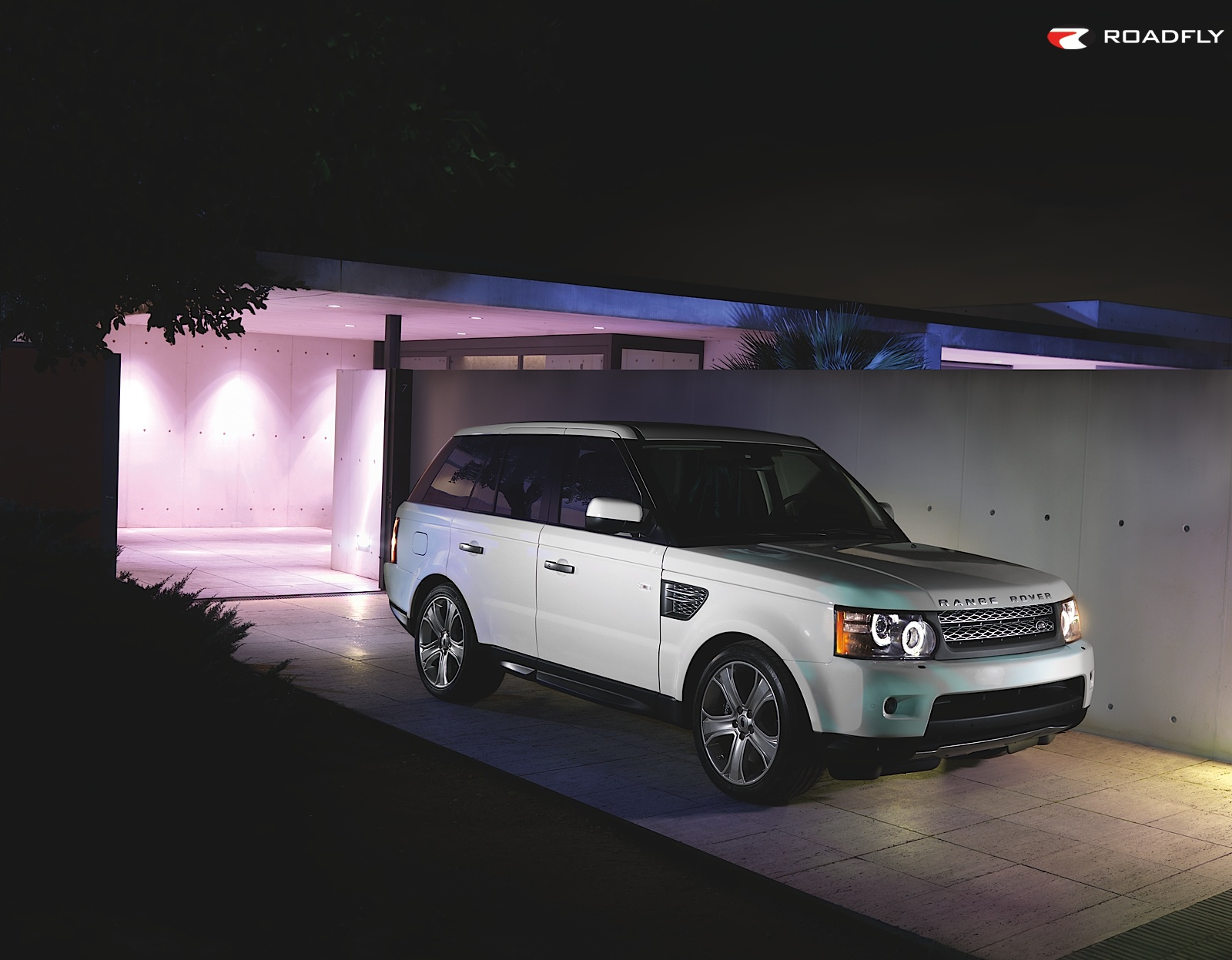 lea michele 2010 range rover sport supercharged. Black Bedroom Furniture Sets. Home Design Ideas