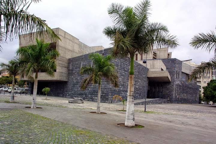 Decreto sobre el sistema de archivos en la Presidencia del Gobierno de Canarias