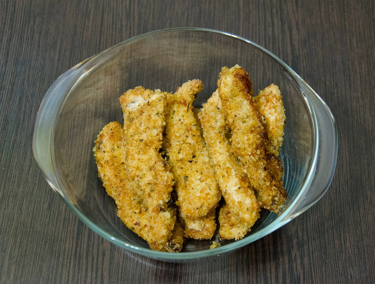 Bowl of Low-Carb Chicken Strips Made with Crushed Pork Rinds