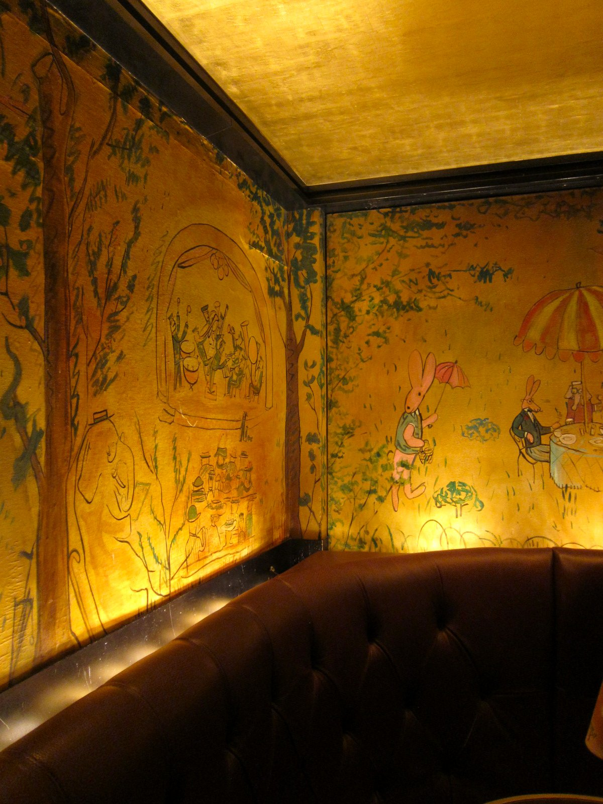 Chronica domus part i welcome to new york for Bemelmans bar mural