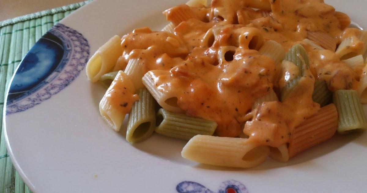 Ya s qu cocinar macarrones de verduras con salsa de - Salsa de tomate y nata ...