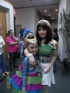 Foto Sandrina Azzahra bersama syahrini