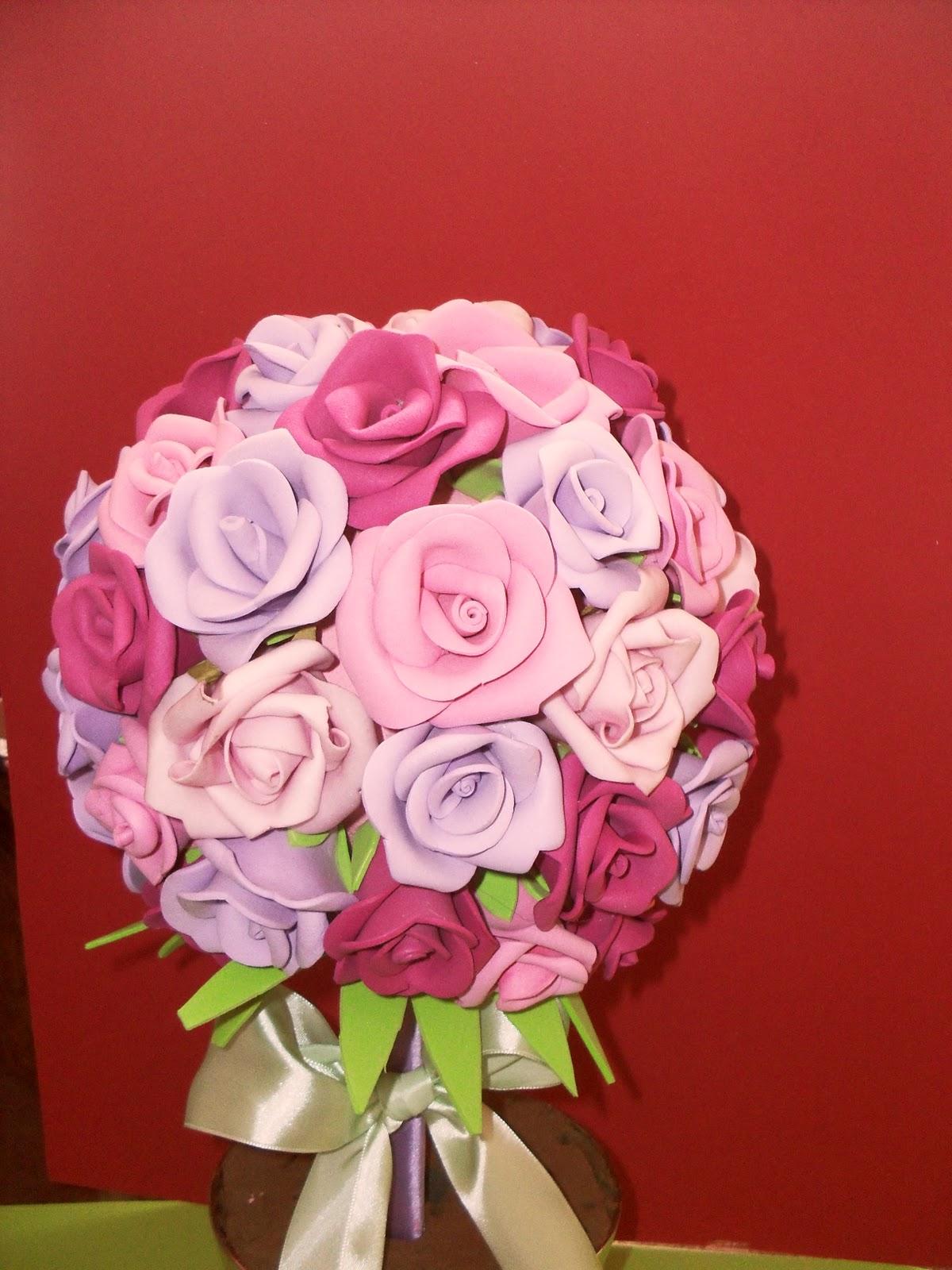 Topiario con rosas de goma eva - Flore de goma eva ...