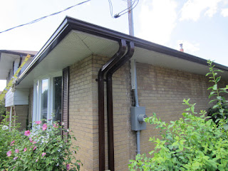 Double downspout downpipe Eavestrough Toronto North York