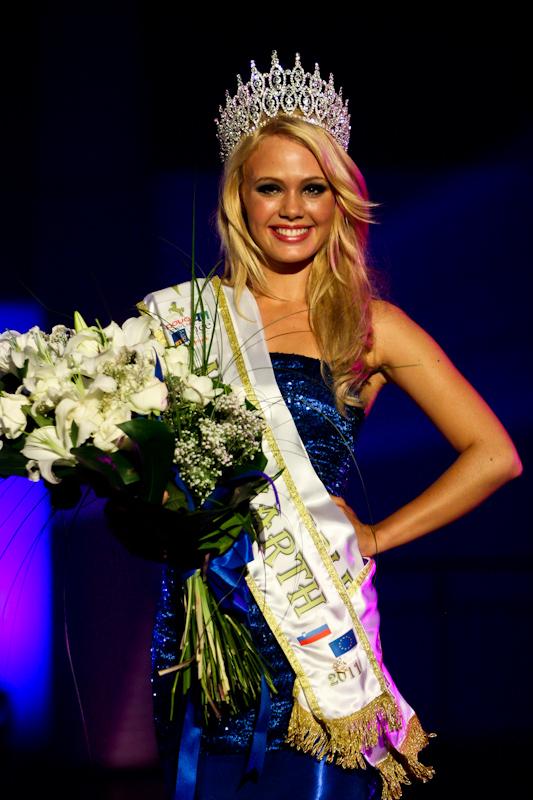 rebecca kim lekse,miss earth slovenia 2011,rebecca kim