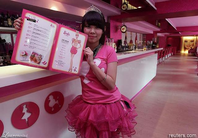 Foto-Cafe-Barbie-di-Taipei
