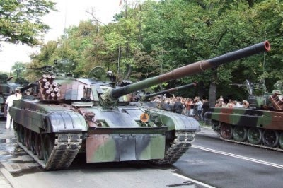 Новый этап войны: Польша начала поставки Т-72 для украинской армии