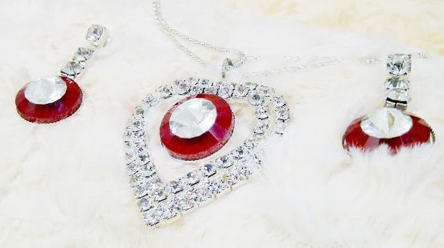 Silver And Red Crystal Set