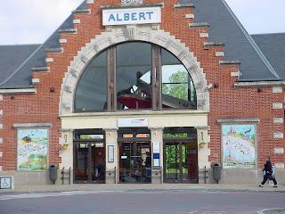 La Potez 36/14 dins de l'estació del FF a Albert.