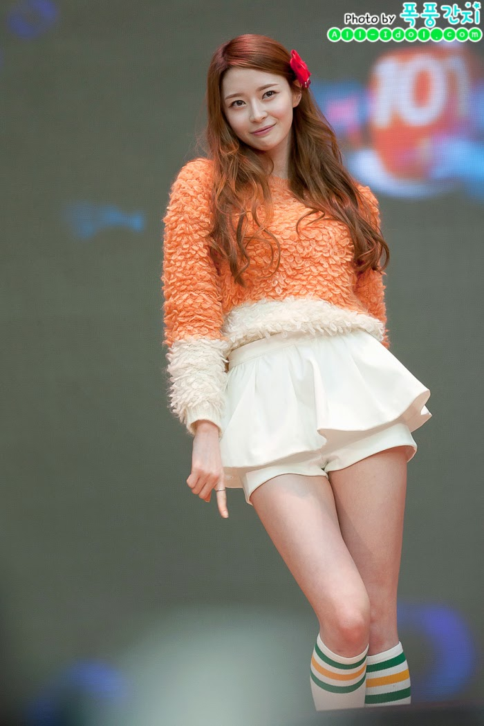Kpop Idol Drops Jaws With Her Voluminous Figure!   Daily K