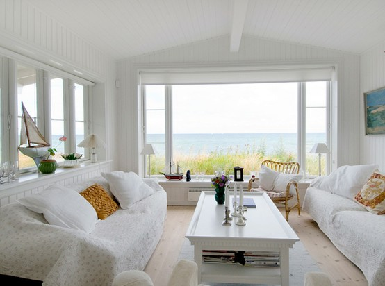 Shorely chic white washed beach houses for Interni case bellissime