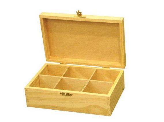 Caja de madera sin pintar