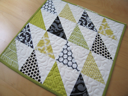 Magic Triangle Quilt Block Directions | eHow.com