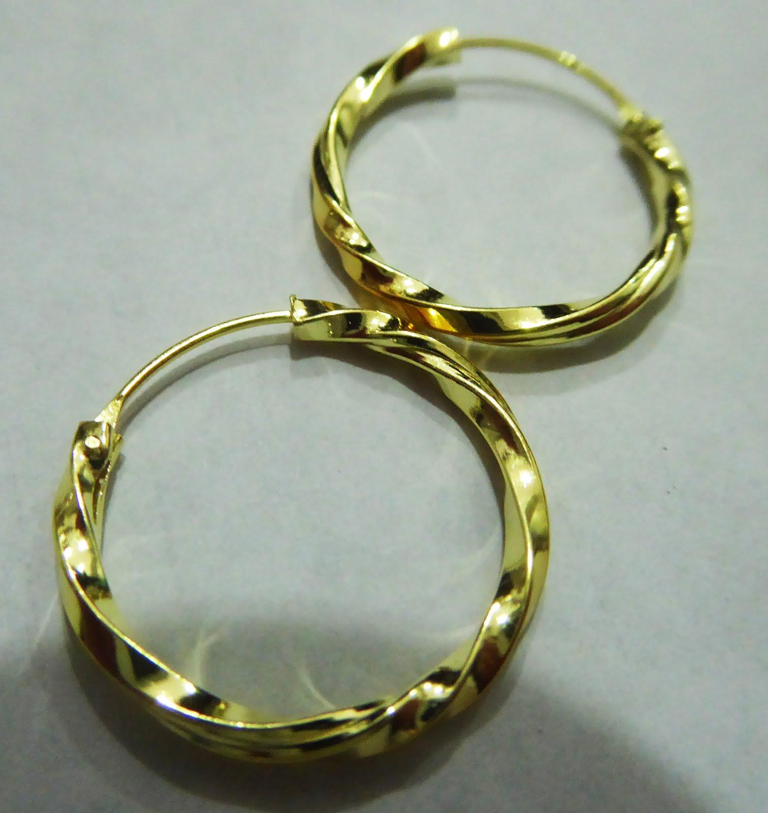 Pendientes de plata dorada y aro