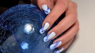 tutorijal-8-plavi-apstraktni-nokti
