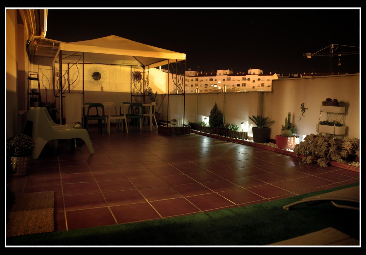 La terraza de haruki concurso terrazas patios y balcones for Patios y terrazas