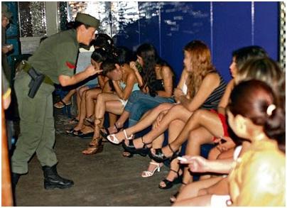 prostitutas en cruces uñas mujeres
