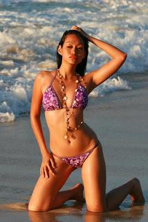 mercedes cabral in bikini