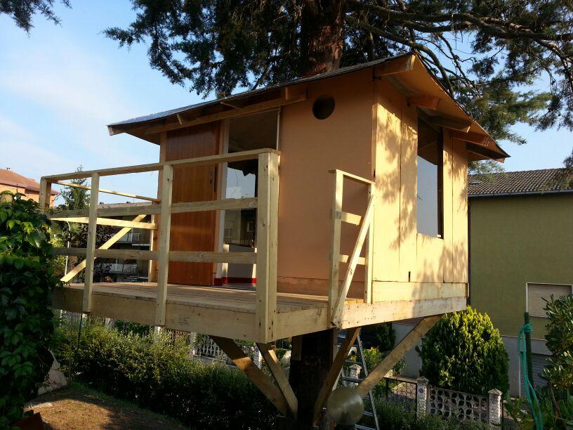 All 39 ombra della torre curiosita 39 la casa sull 39 albero for Planimetrie della casa sull albero