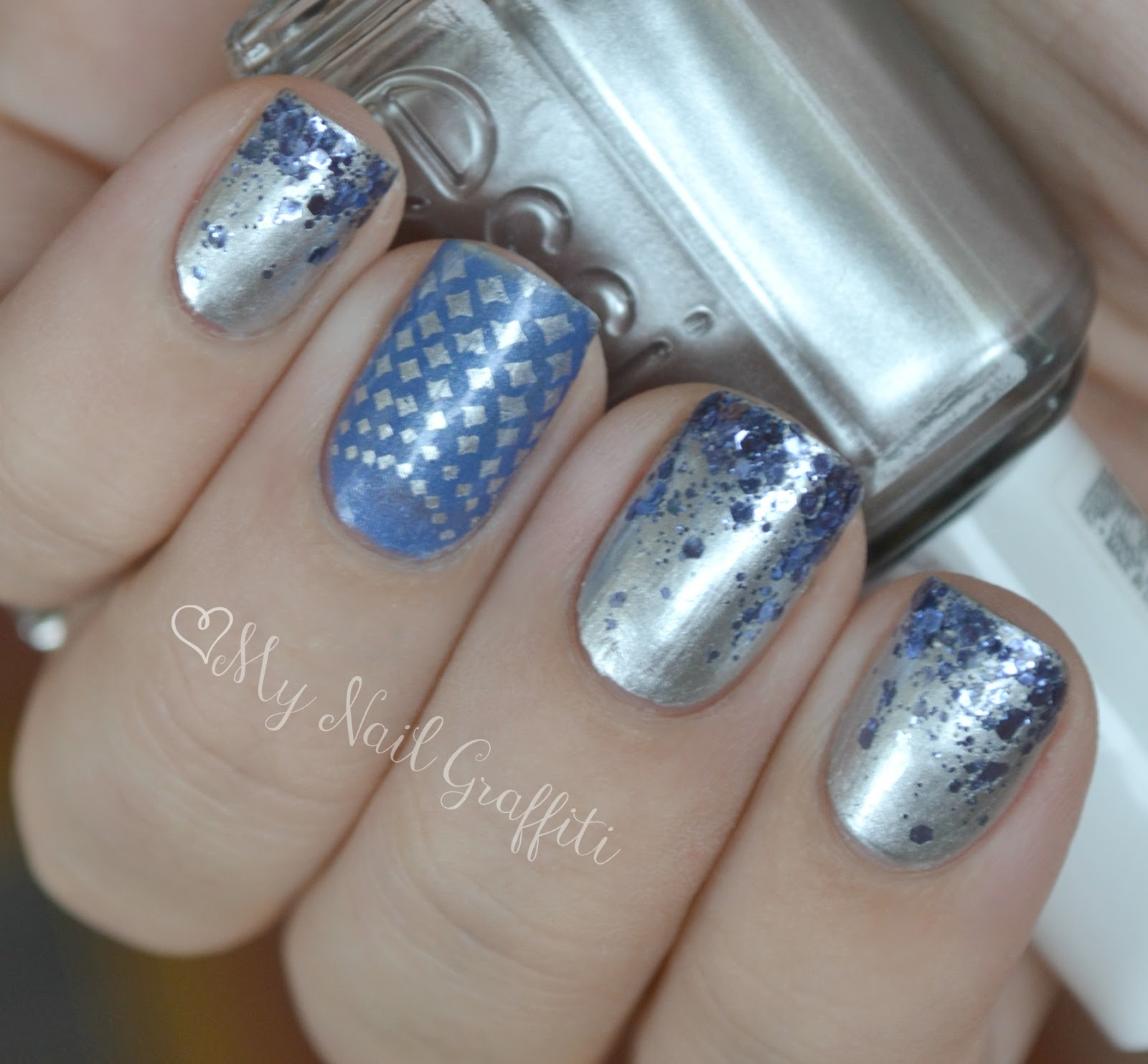 nails views: Essie There\'s No Place Like Chrome + Nail Art
