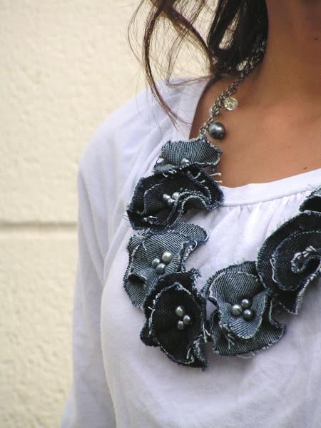Colar de flores de retalhos de tecido ou feltro
