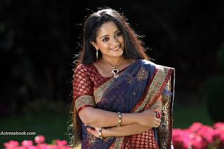 Kavya Madhavan in nice saree