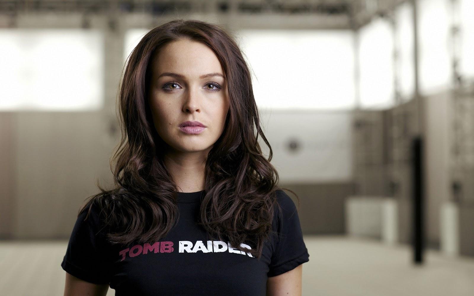 http://1.bp.blogspot.com/-fxM0LP87SeA/UT6atriWkJI/AAAAAAAAIuQ/QARILrbI1Es/s1600/Tomb_Raider_Reboot_Lara_Croft_Real_Girl_2013_HD_wallpaper.jpg