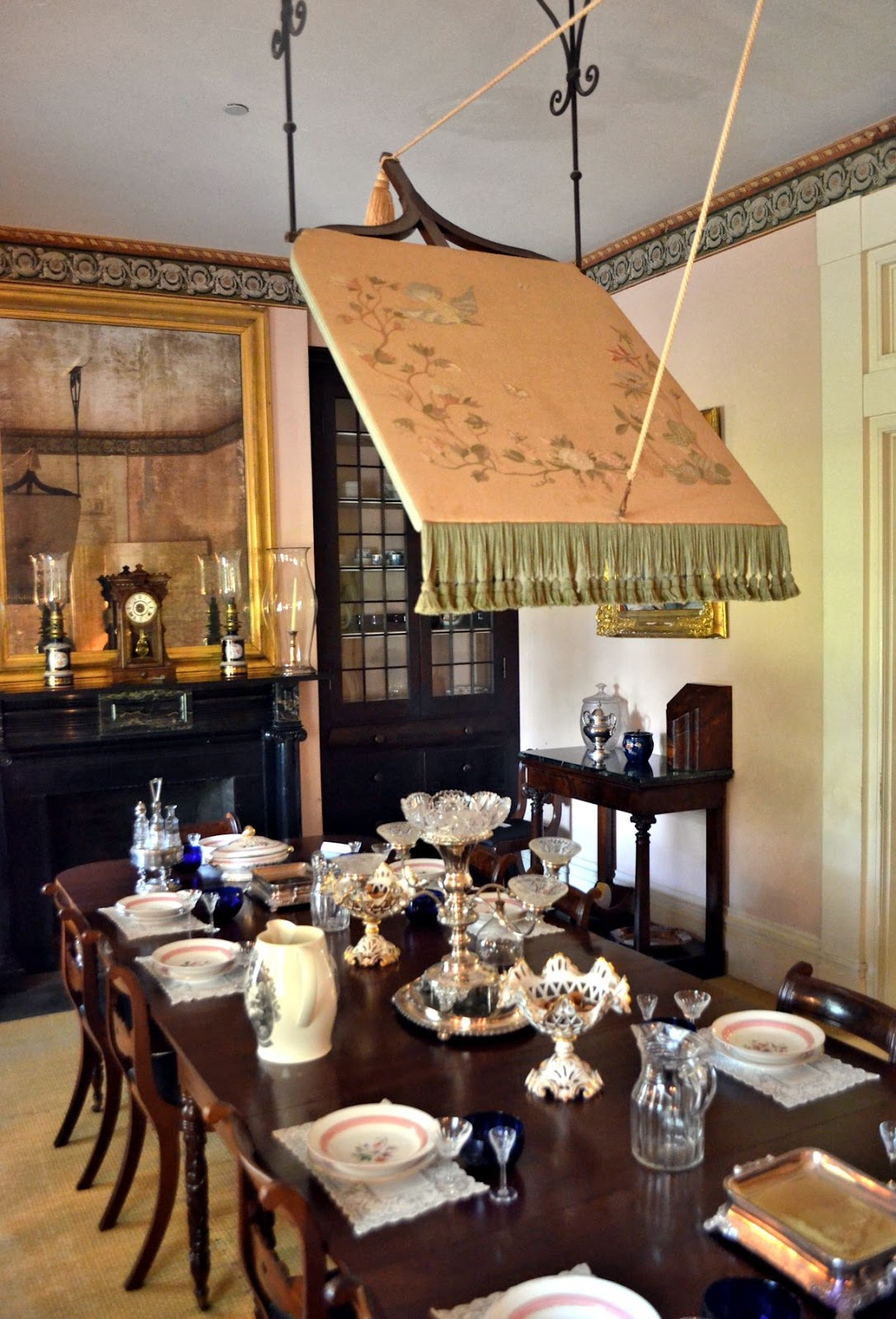 Room with no view my view of rosedown plantation part two for Dining room operations