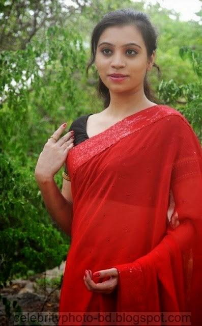 Actress%2BPriyanka%2BNair%2BRed%2BSaree%2BStills%2BSpicy%2BHot%2BPhotos016