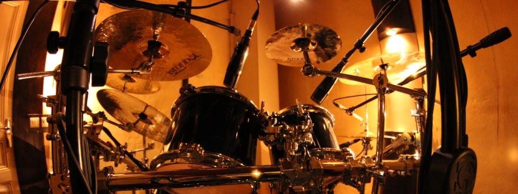 Enregistrement et prise de son en studio de voix et d'instruments acoustiques