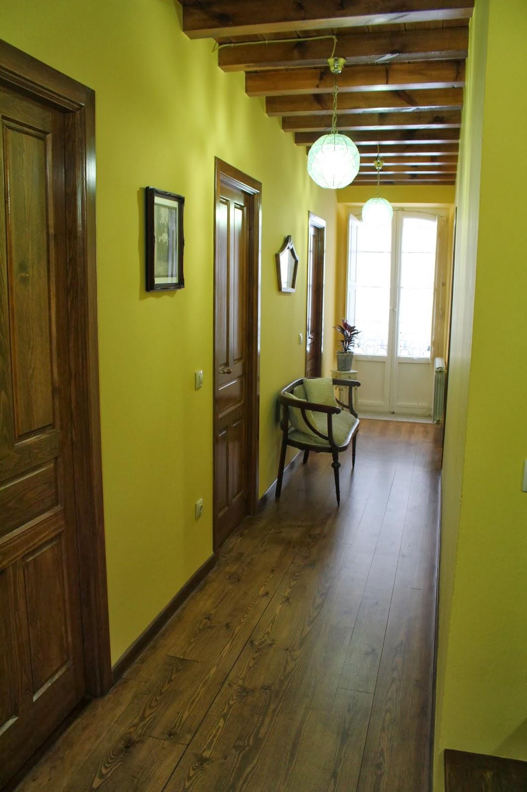 Gloria vintage entrada y pasillos de mi casa - Lamparas para pasillos casa ...