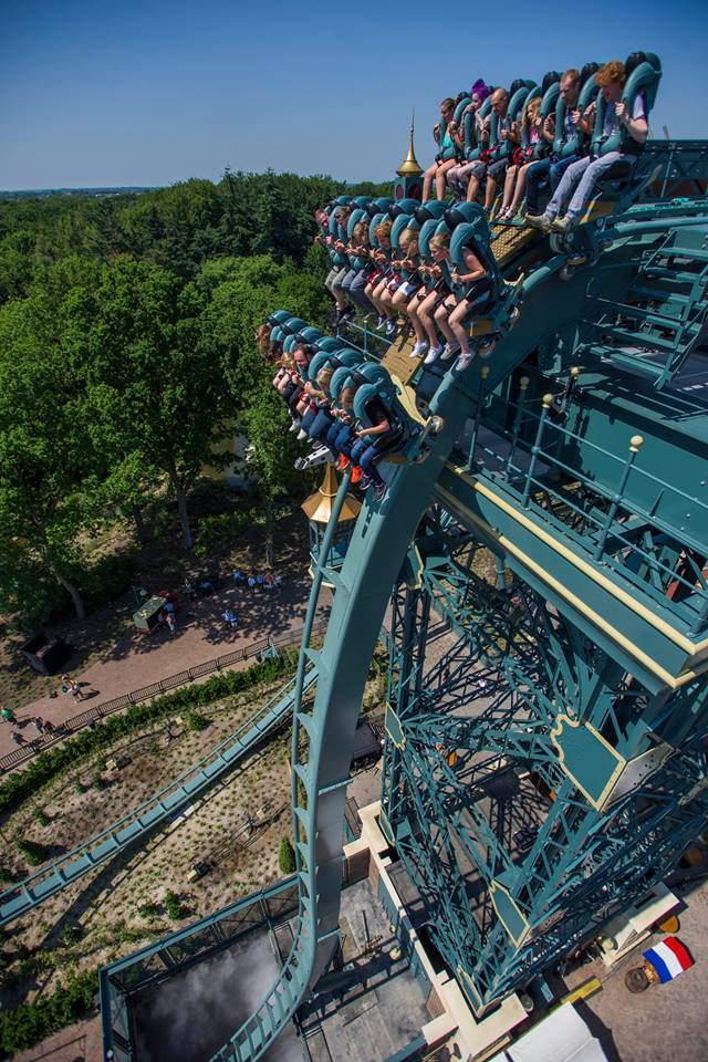 Newsplusnotes baron 1898 now thrilling riders at efteling for Amusement park netherlands
