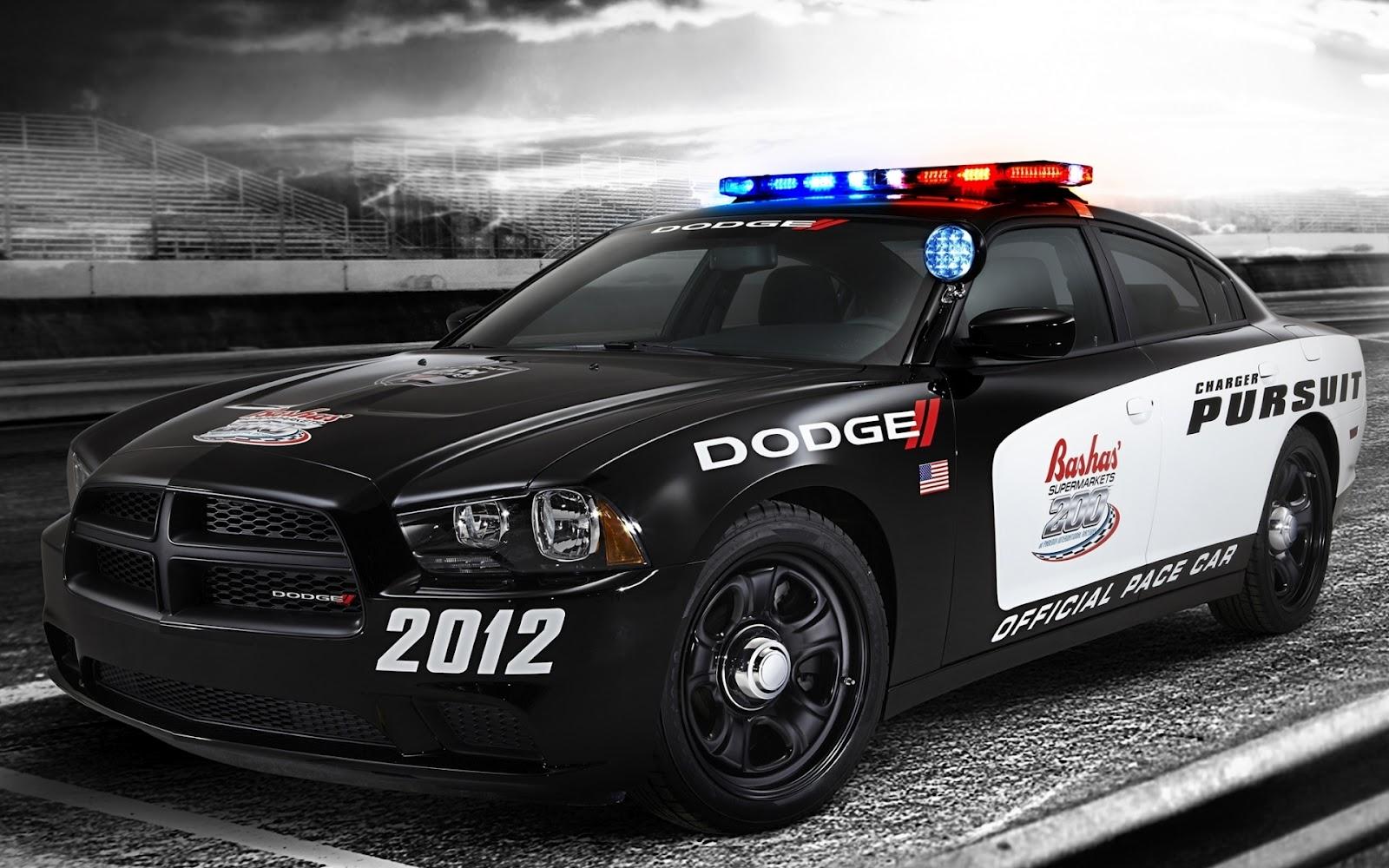 http://1.bp.blogspot.com/-fxt-LeTwRN4/T9owjg0xUmI/AAAAAAAAfPg/7YW8DUj83E4/s1600/Dodge-Charger-Pursuit-Pace-Car-2012.jpg