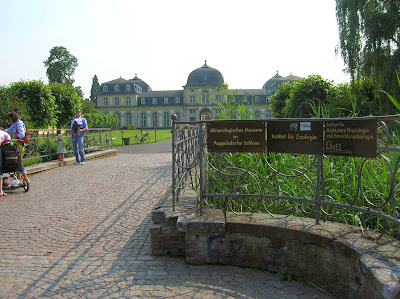 Castillo de Poppelsdorf , Poppelsdorfer Schloss, Bonn, Alemania, round the world, La vuelta al mundo de Asun y Ricardo, mundoporlibre.com